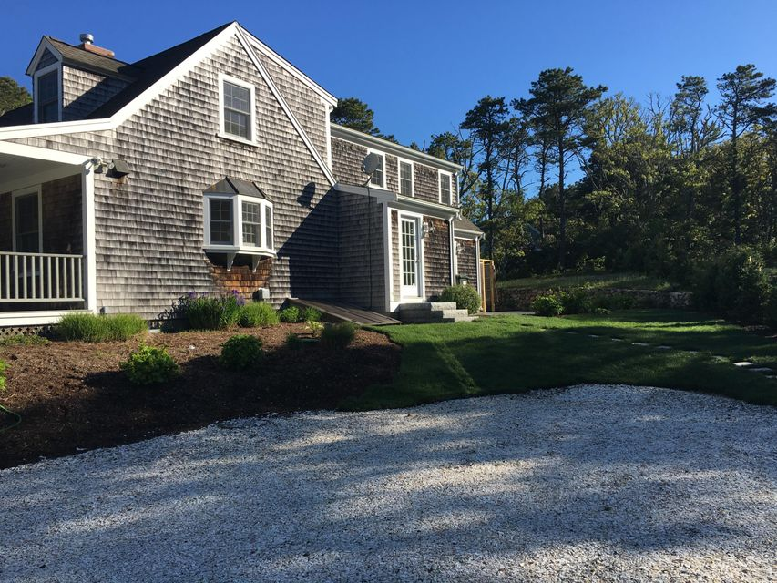 Additional photo for property listing at $1,199,000.00 - 171 Hardings Beach Road in Chatham 171 Hardings Beach Road Chatham, Massachusetts,02633 Estados Unidos
