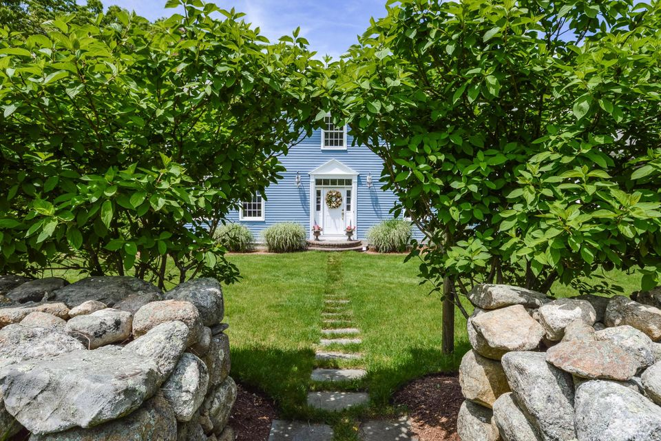 16 Old Farm Lane, Sandwich, MA 02563