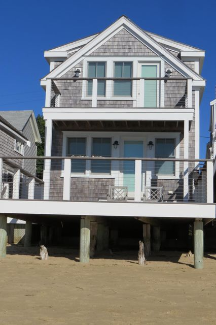 67 Commercial Street 4, Provincetown, MA 02657