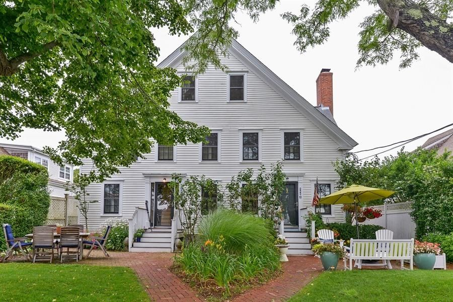 566 Commercial Street C, Provincetown, MA 02657