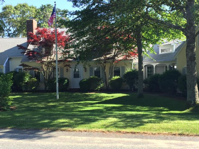 Additional photo for property listing at $1,299,000.00 - 65 Harbor Hill in Chatham  Chatham, Massachusetts,02633 Verenigde Staten