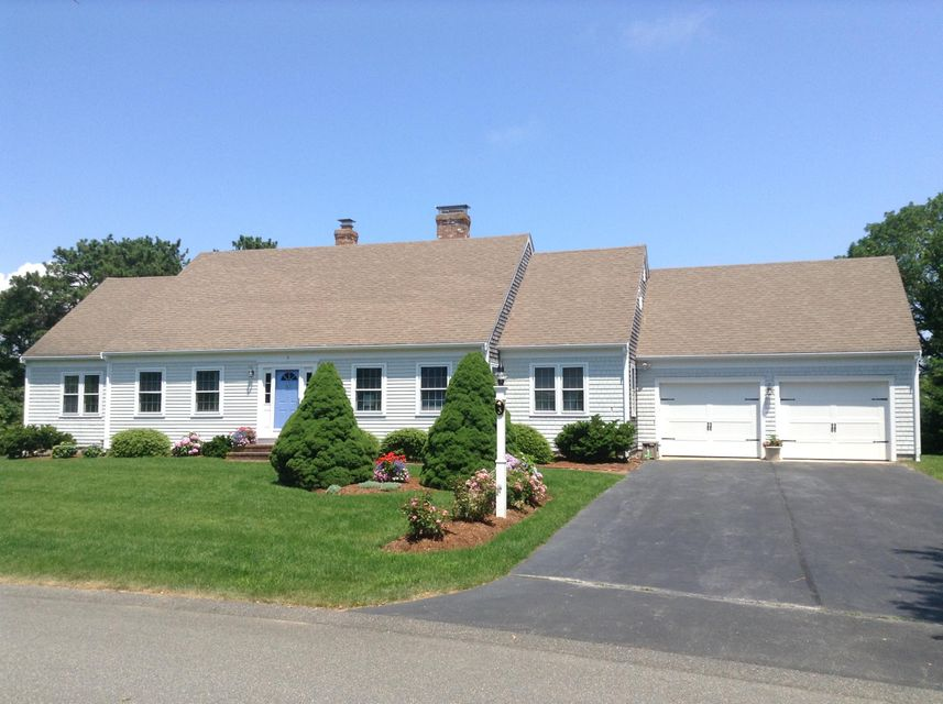 Chatham Real Estate - Cape Cod , 3 Court Street, Chatham, MA   Listed at $789,000