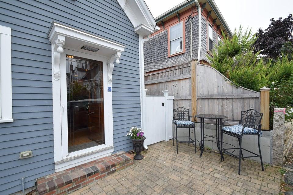 10 Pearl Street C, Provincetown, MA 02657