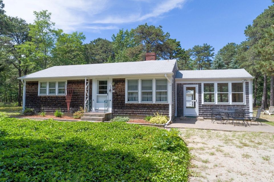 30 Maria Road, Eastham, MA 02642