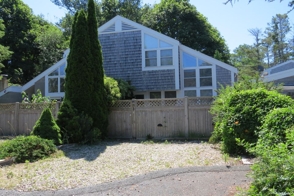 15 Miller Hill Road B, Provincetown, MA 02657