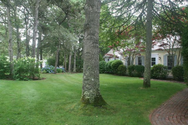 Additional photo for property listing at $1,299,000.00 - 65 Harbor Hill in Chatham  Chatham, Massachusetts,02633 Hoa Kỳ