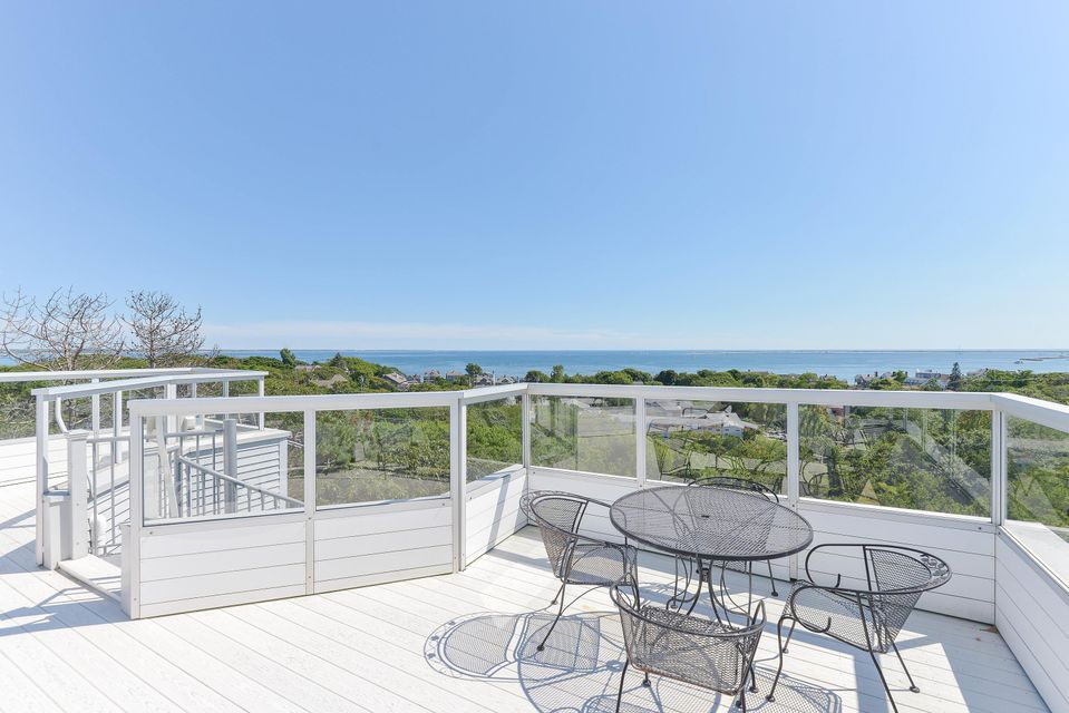 14 Thistlemore Road, Provincetown, MA 02657