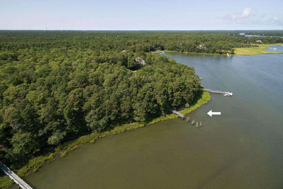 19 Harbor Ridge Drive, Mashpee, MA 02649