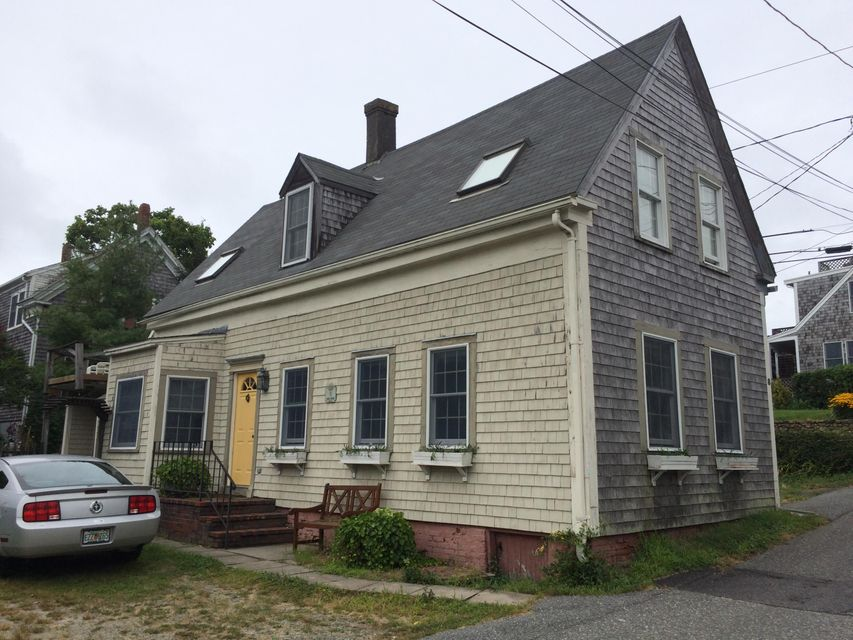 Cape Cod Real Estate Agencies Part - 17: West End Charmer With Wide Planked Wood Floors, Niches, Moldings, Beamed  Cathedral Ceilings
