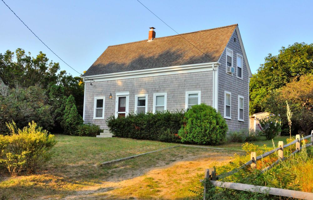 8 Conwell Street, Provincetown, MA 02657