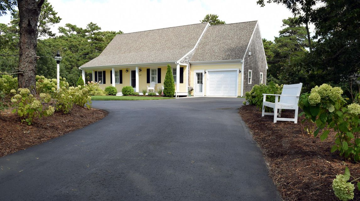 Harwich Real Estate - Cape Cod , 1487 Orleans Road, Harwich, MA   Listed at $465,000