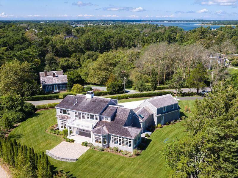 Additional photo for property listing at $2,999,900.00 - 66 Scatteree Road in North Chatham 66 Scatteree Road Chatham, Massachusetts,02650 Vereinigte Staaten