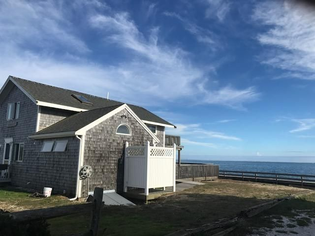 Additional photo for property listing at $1,699,000.00 - 444 Cockle Cove Road in Chatham 444 Cockle Cove Road Chatham, Massachusetts,02633 États-Unis