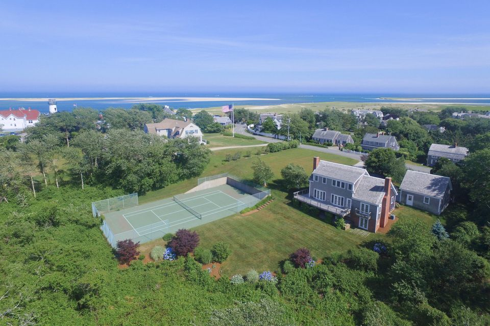 Additional photo for property listing at $2,995,000.00 - 373 Bridge Street in Chatham 373 Bridge Street Chatham, Massachusetts,02633 Hoa Kỳ
