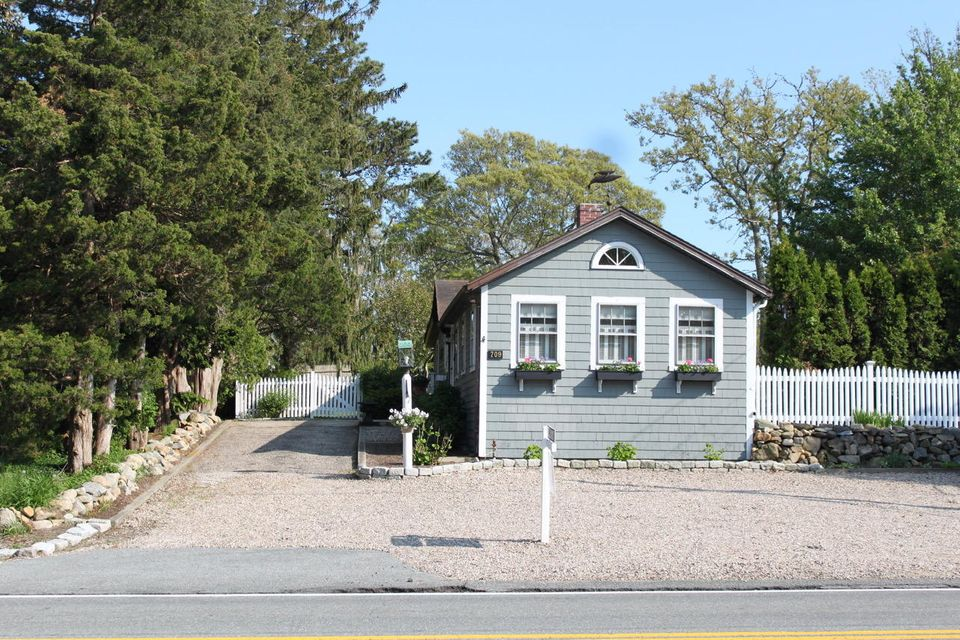 709 Route 6A  Yarmouth, MA 02675