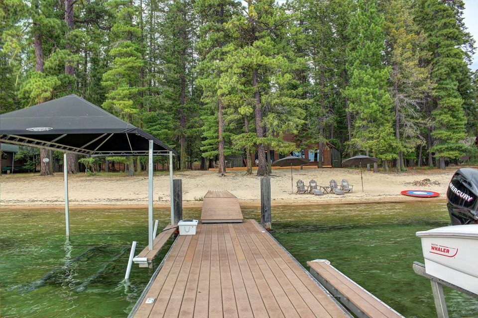 62 Hess Point Rd, Coolin, ID 83821