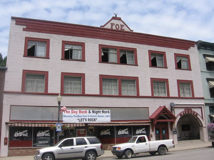 Commercial for Sale at 515 Cedar Street 515 Cedar Street Wallace, Idaho 83873 United States