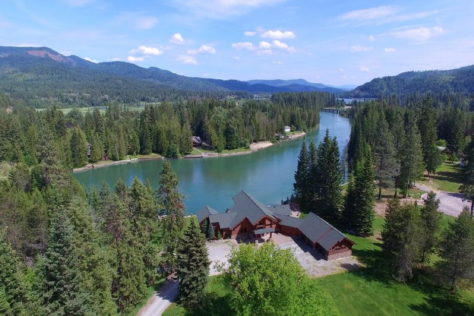 399 Larch St, Priest River, ID 83856