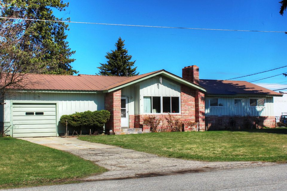 37 W LINCOLN AVE, Priest River, ID 83856
