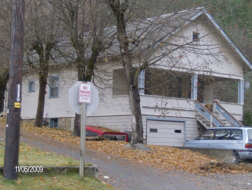Single Family Home for Sale at 203 Main Street 203 Main Street Wardner, Idaho 83837 United States