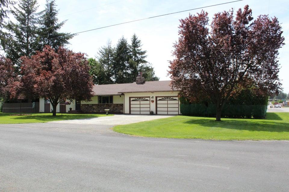 Single Family Home for Sale at 6719 N RUDE Street 6719 N RUDE Street Dalton Gardens, Idaho 83815 United States