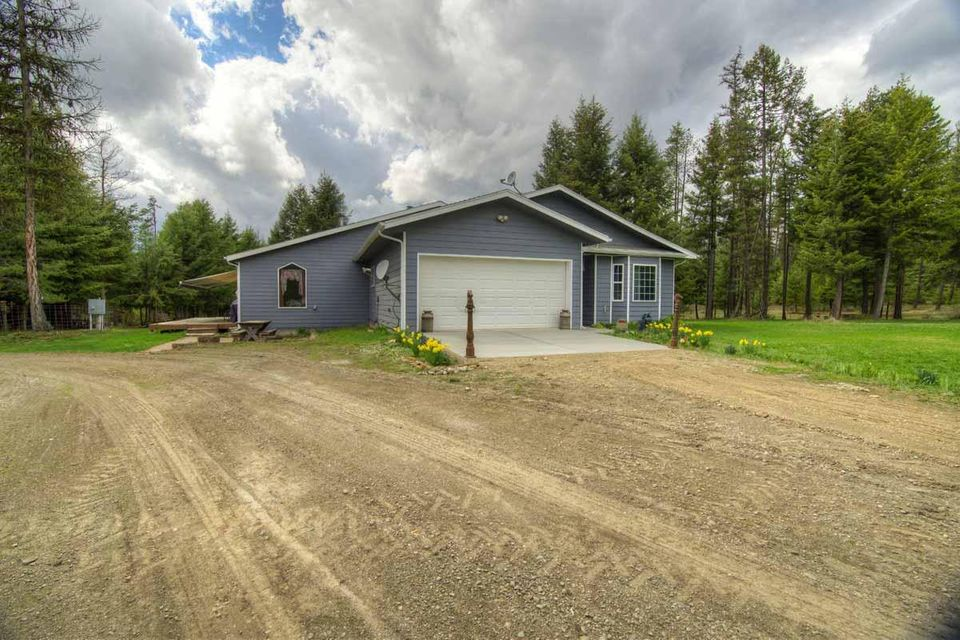 Single Family Home for Sale at 150 Quandary Lane 150 Quandary Lane Oldtown, Idaho 83822 United States