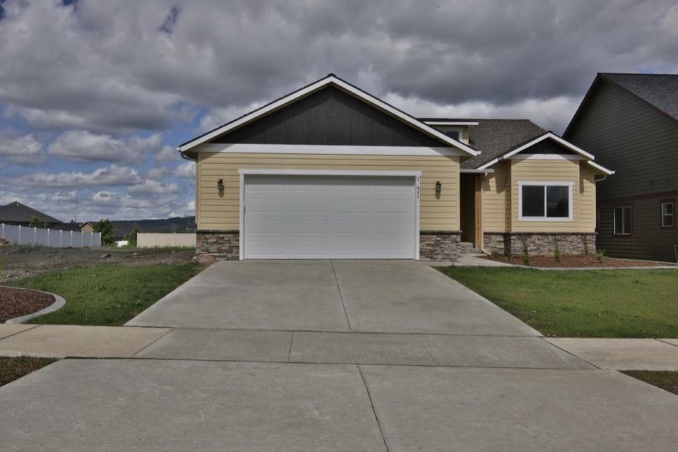 Complete and ready to move in! 4 bedroom, 2 bath single level home with 1852 square feet! Excellent craftsmanship and attention to detail inside and out will please the senses. Comes with gas FP, central AC, fenced yard with sprinklers.  Granite kitchen and beautiful master suite too!