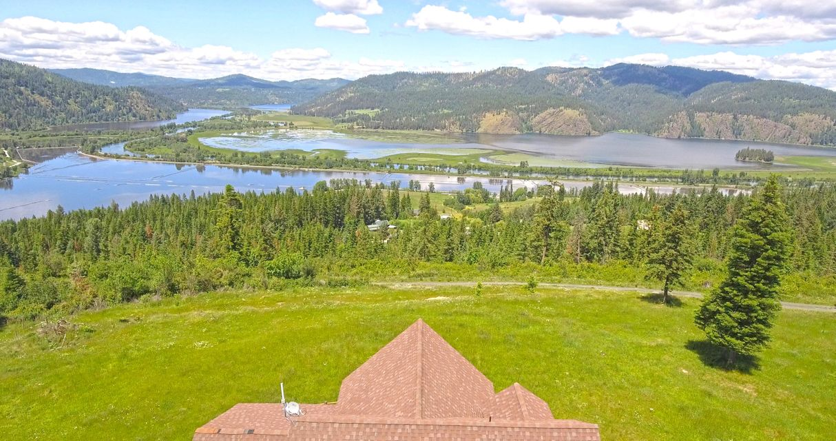 Single Family Home for Sale at 36930 S HIGHWAY 3 36930 S HIGHWAY 3 St. Maries, Idaho 83861 United States
