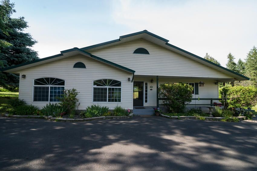 Single Family Home for Sale at 17455 W RICE Avenue 17455 W RICE Avenue Hauser, Idaho 83854 United States