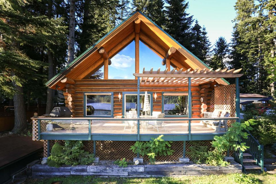 Single Family Home for Sale at 10082 W TWIN LAKES Road 10082 W TWIN LAKES Road Rathdrum, Idaho 83858 United States