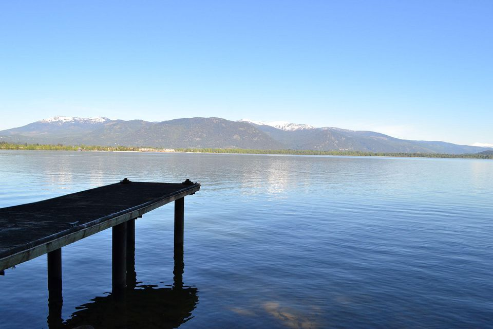 3338 Bottle Bay Rd, Sandpoint, ID 83864