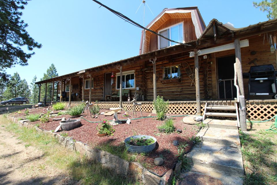 Single Family Home for Sale at 4265 USFS Road 2550 4265 USFS Road 2550 Blanchard, Idaho 83804 United States