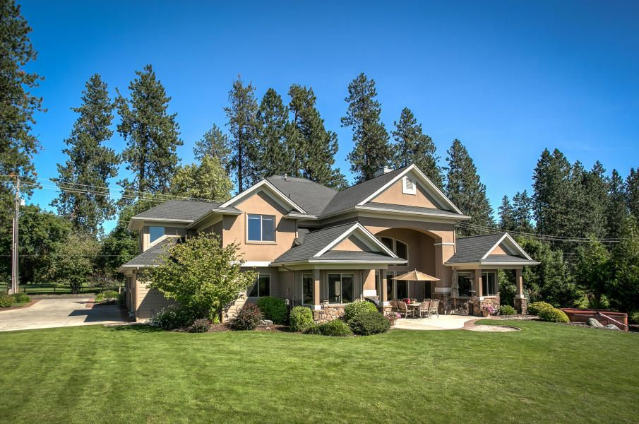 Single Family Home for Sale at 9915 N STRAHORN Road 9915 N STRAHORN Road Hayden Lake, Idaho 83835 United States