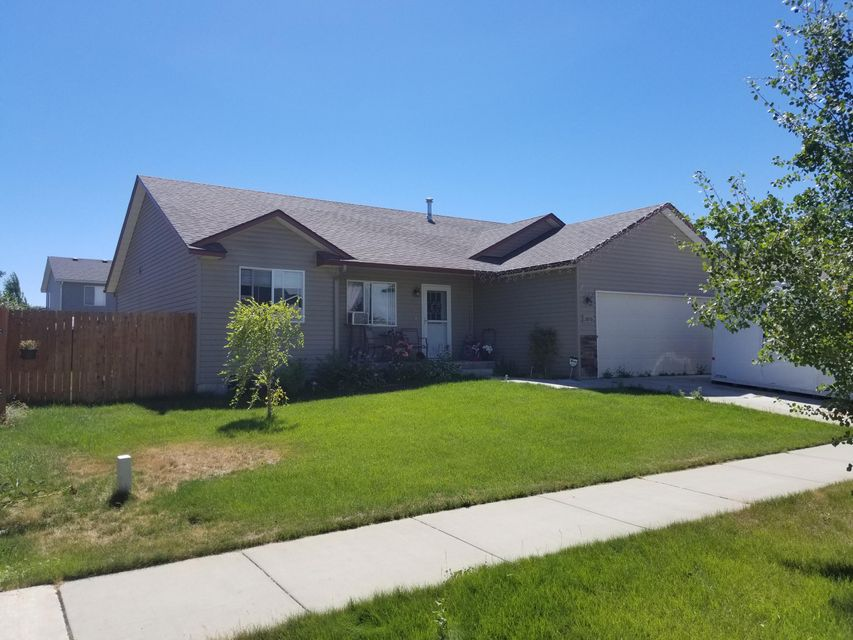 2816 E Limestone AVE, Post Falls, ID 83854