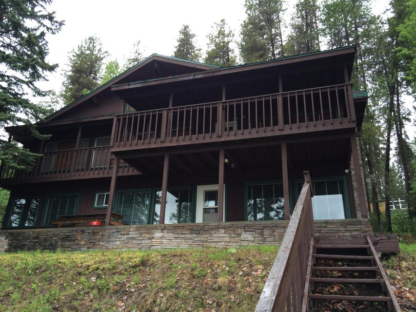 Single Family Home for Sale at 2056 KALISPELL BAY Road 2056 KALISPELL BAY Road Priest Lake, Idaho 83856 United States