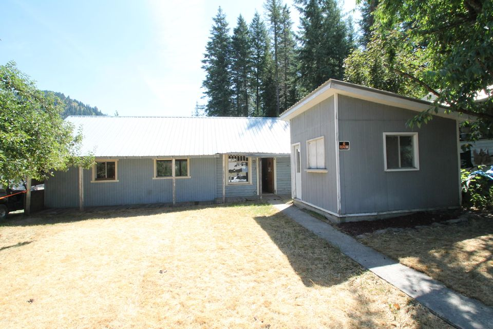 Single Family Home for Sale at 207 COPPER Street 207 COPPER Street Mullan, Idaho 83846 United States