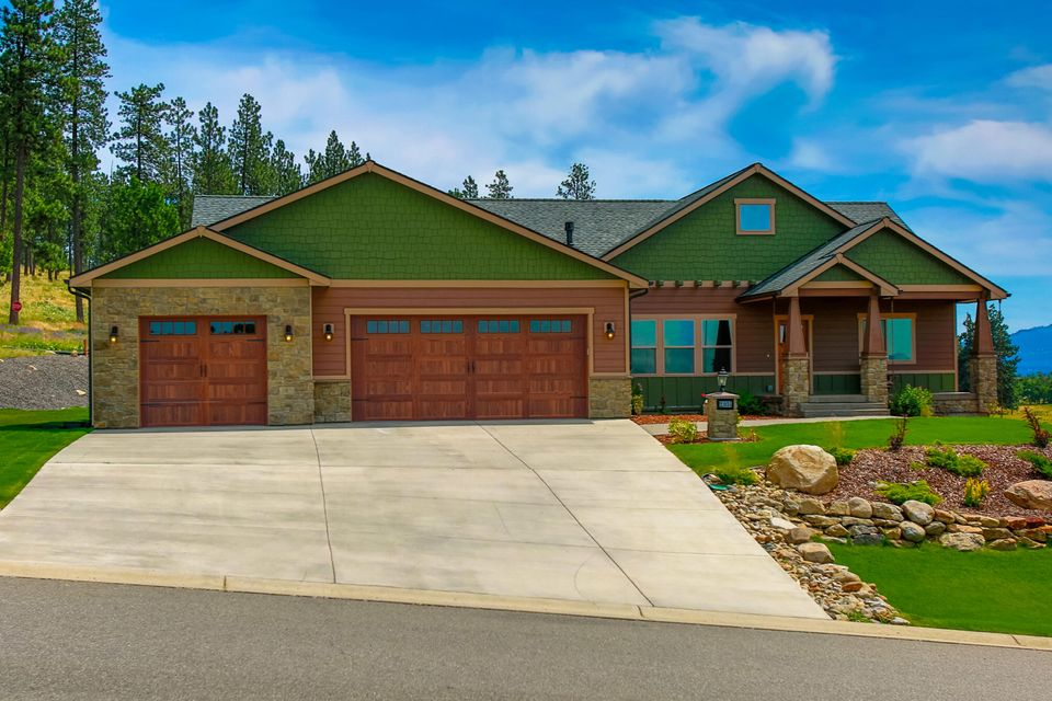Single Family Home for Sale at 21035 E Happy Trails Lane 21035 E Happy Trails Lane Otis Orchards, Washington 99027 United States