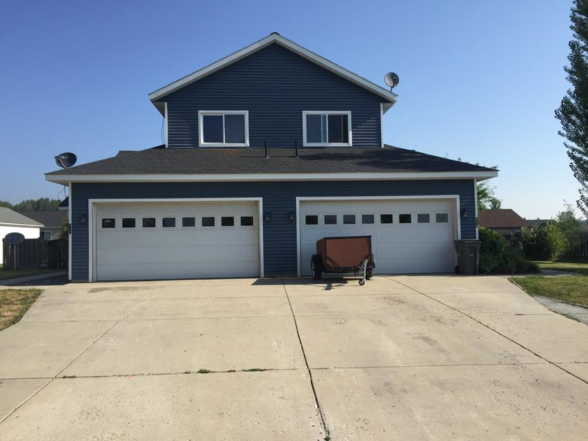 Townhouse for Sale at 117 Brittany Loop 117 Brittany Loop Kootenai, Idaho 83840 United States