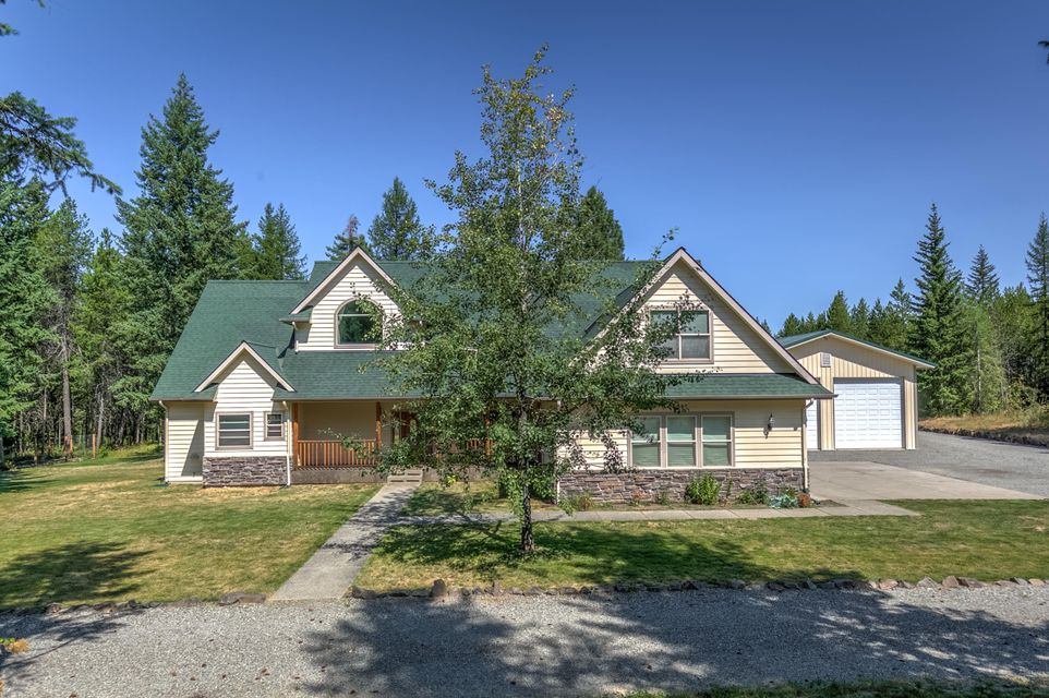 Single Family Home for Sale at 11543 E NUNN Road 11543 E NUNN Road Athol, Idaho 83801 United States