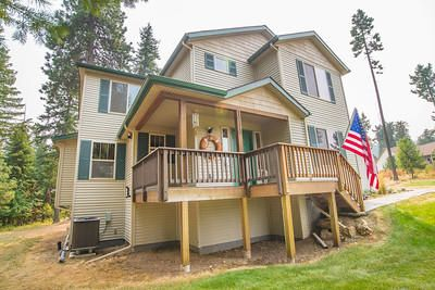 Single Family Home for Sale at 10119 N LOG PINE Court 10119 N LOG PINE Court Hauser, Idaho 83854 United States