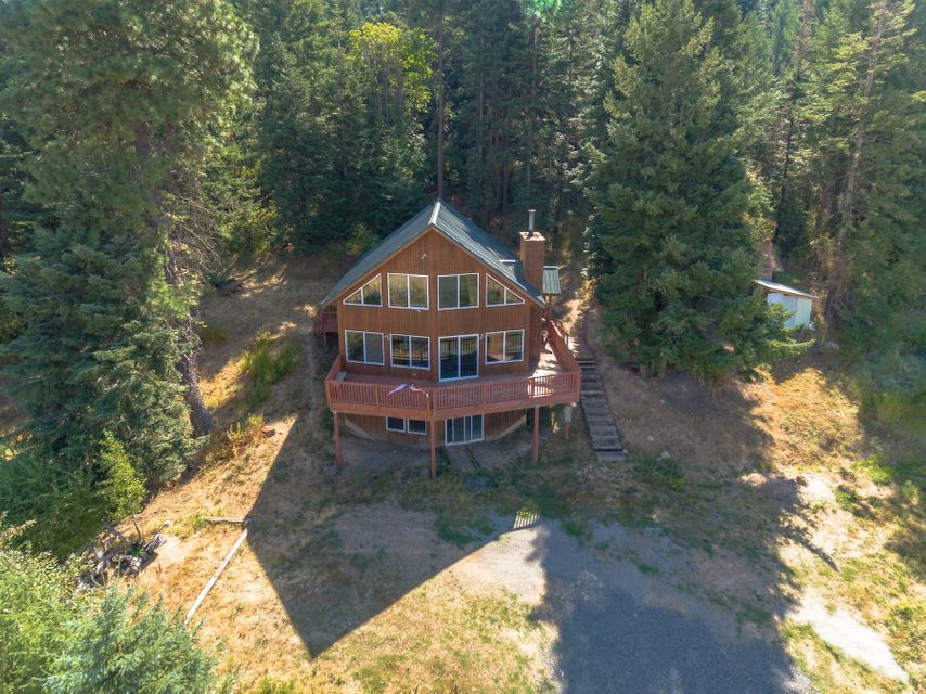 Single Family Home for Sale at 1341 Meridith Road 1341 Meridith Road Plummer, Idaho 83851 United States