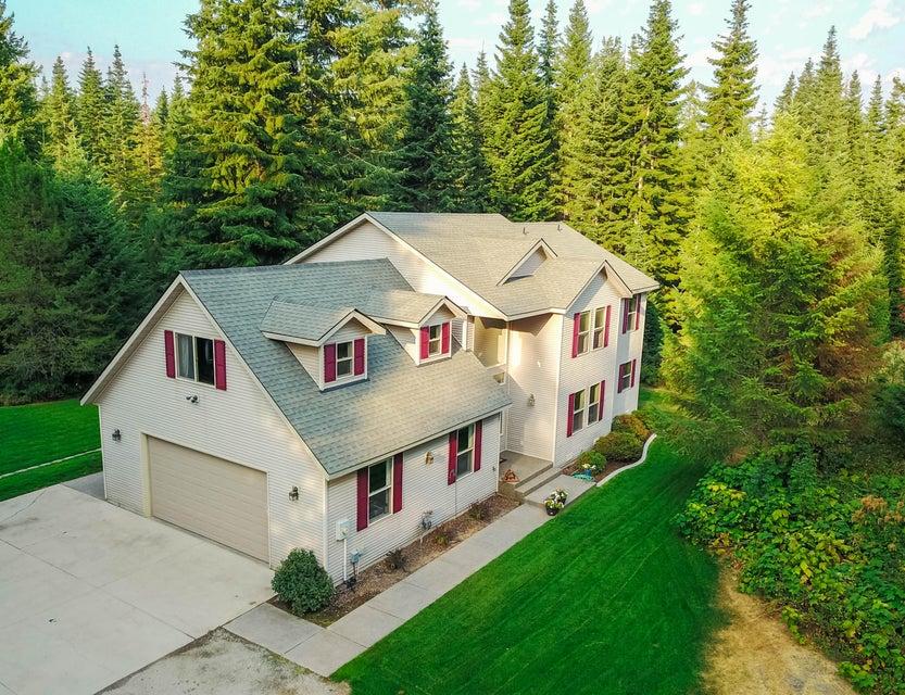 Single Family Home for Sale at 17235 W KATHLEEN Avenue 17235 W KATHLEEN Avenue Hauser, Idaho 83854 United States