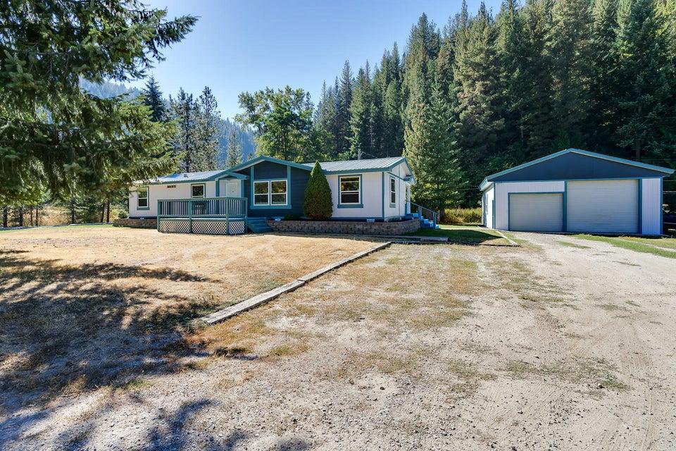 Single Family Home for Sale at 1085 Pellens Road 1085 Pellens Road Pinehurst, Idaho 83850 United States