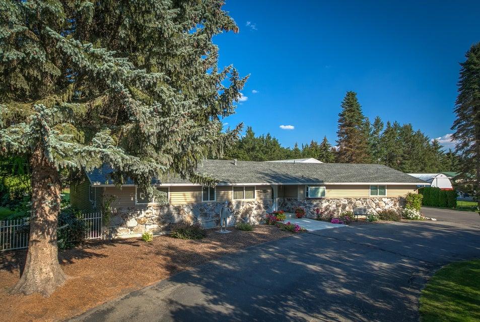 Single Family Home for Sale at 7320 N DAVENPORT Street 7320 N DAVENPORT Street Dalton Gardens, Idaho 83815 United States