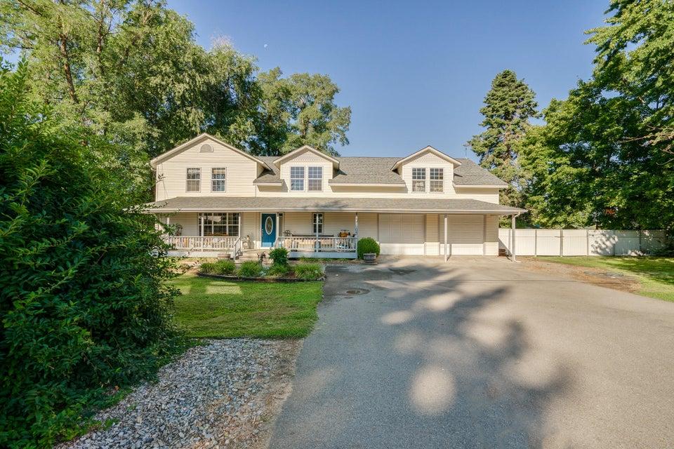 Single Family Home for Sale at 5807 N 15TH Street 5807 N 15TH Street Dalton Gardens, Idaho 83815 United States