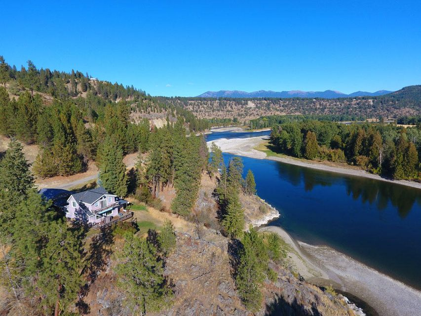 Single Family Home for Sale at 4146 District Two 4146 District Two Bonners Ferry, Idaho 83805 United States