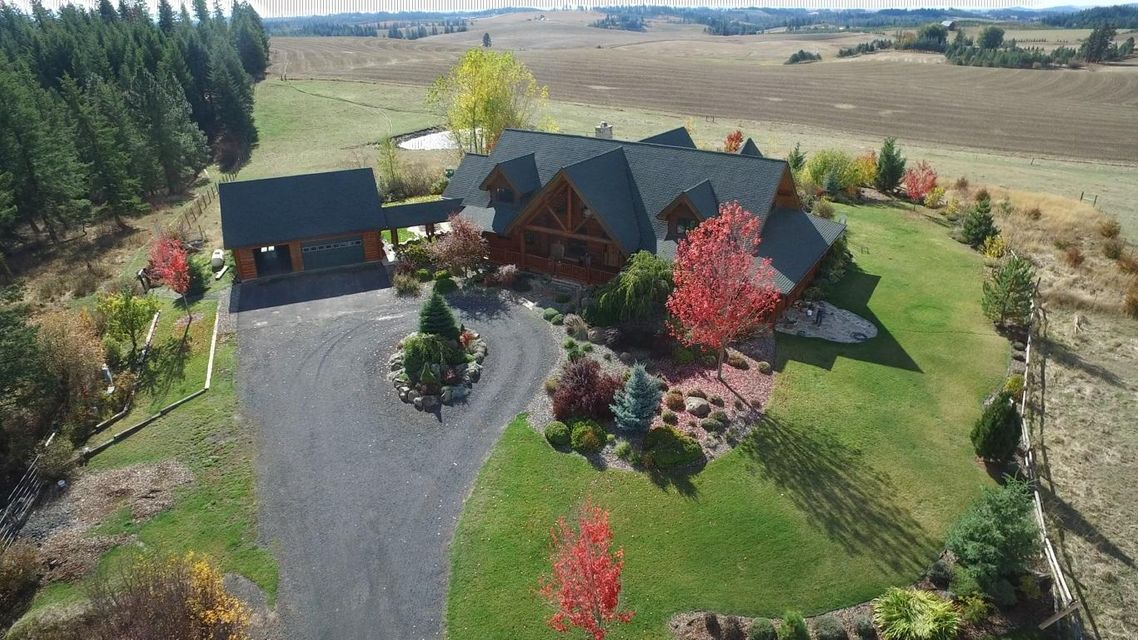 Single Family Home for Sale at 1025 Pleasant Hill Road 1025 Pleasant Hill Road Troy, Idaho 83871 United States