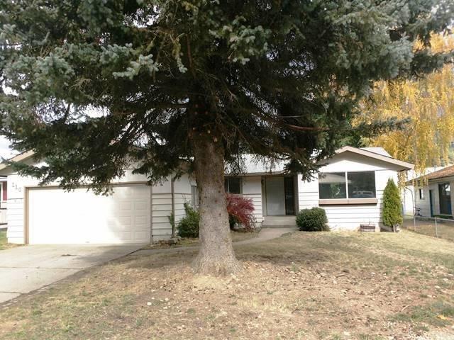 Single Family Home for Sale at 110 W OAK 110 W OAK Osburn, Idaho 83849 United States