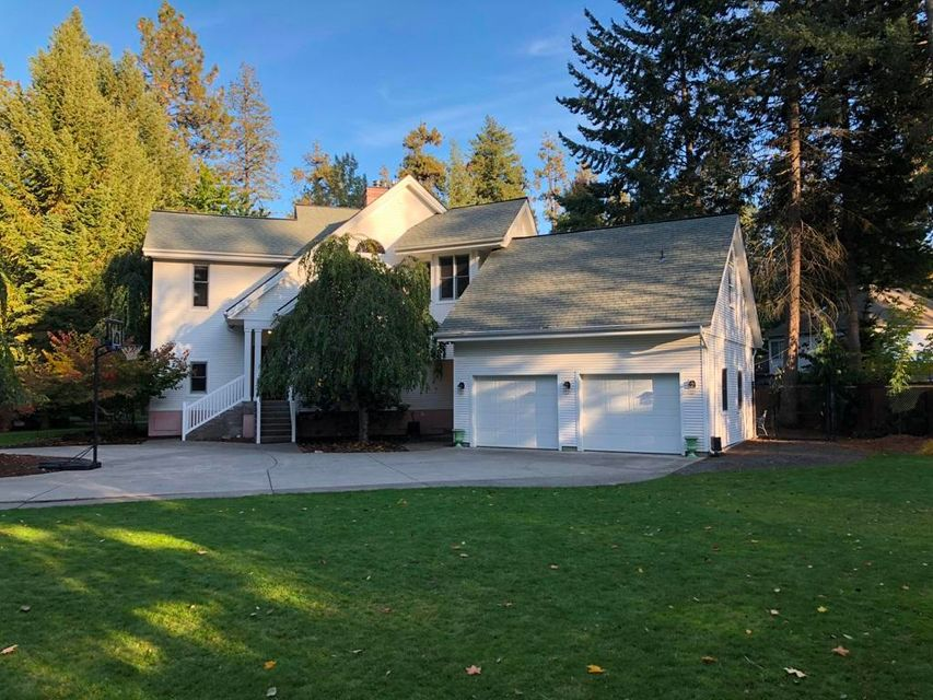 Single Family Home for Sale at 1728 E HAYDEN Avenue 1728 E HAYDEN Avenue Hayden Lake, Idaho 83835 United States