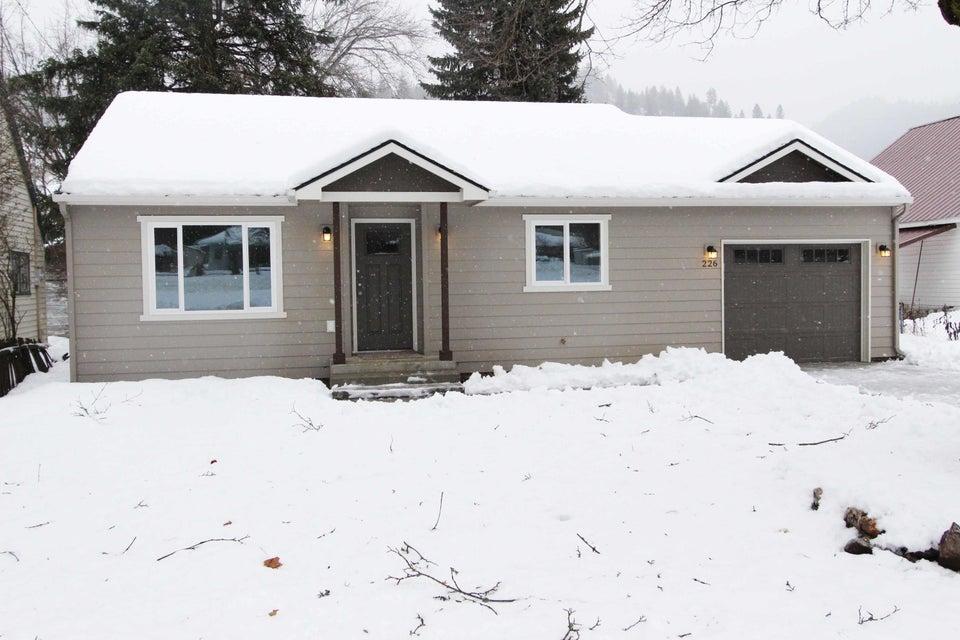 Single Family Home for Sale at 226 W Mullan Avenue 226 W Mullan Avenue Osburn, Idaho 83849 United States